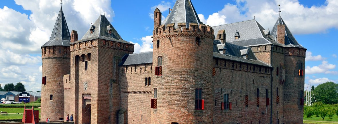 visit medieval castle amsterdam muiderslot by boat from amsterdam ijburg with the tourist ferry