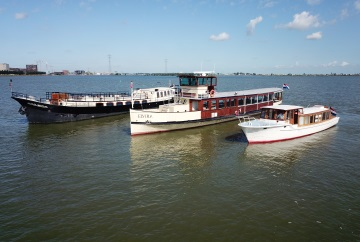 Boats Amsterdam Tourist Ferry